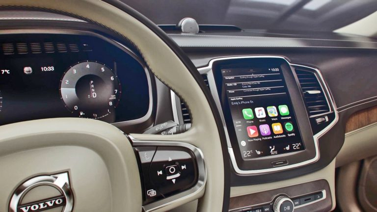 Volvo XC90 CarPlay Feature